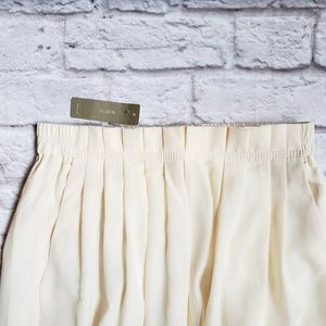 J. Crew Skirts - NWT J. Crew Petite Pleated Midi Skirt Cream 0P 4P
